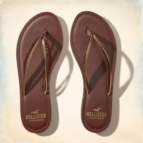 02de25d20c781f Hollister Brown Vegan Leather Mixed Strap Sandals